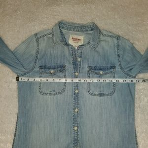 Mossimo Supply Co. Tops - Mossimo light denim button up / down top